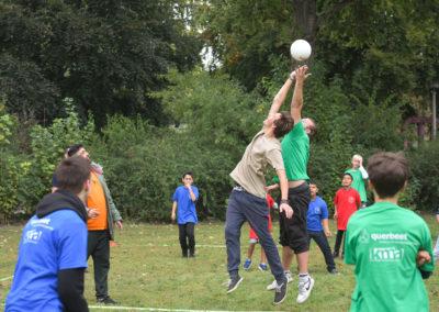 """Kiez-Völkerball"""